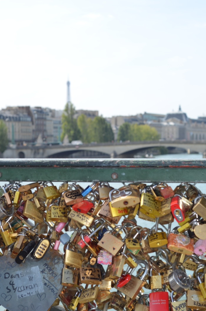 Love locks Pont des Arts, Paris